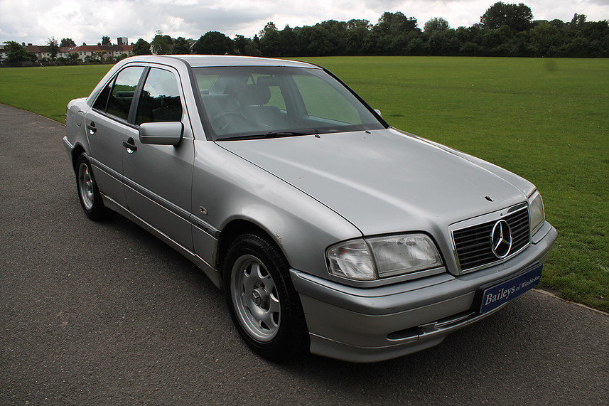 1998 Mercedes Benz C250 Turbo Diesel Classic Automatic
