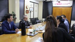 UAI y el Departamento de Recursos Humanos de SAMR comparten experiencias de enseñanza.