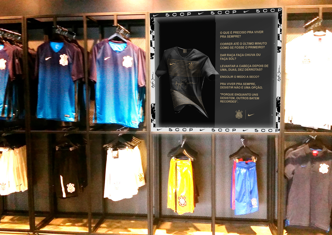 Expositor de Camisa Neo Química Arena