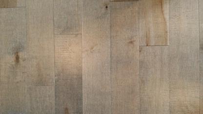 maple-flooring-346776_1920.jpg