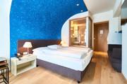 Doppelzimmer modern 01.jpg