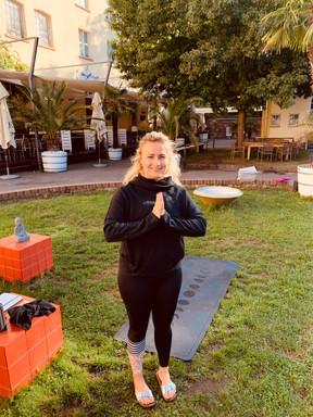 Yoga Majolika 4