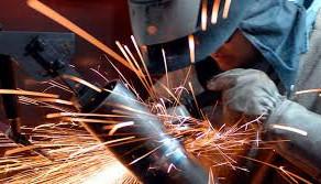 Indústria de máquinas e equipamentos prevê alta de 31,6% em investimentos.