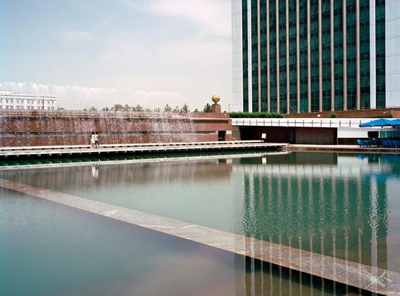 water-in-the-desert-marco-barbieri-11.jp