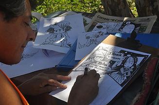 desenhando a titinha.JPG