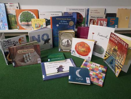 Los Reyes Magos traen nuevos libros a la Biblioteca