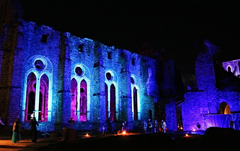 abbaye-de-villers-bleu.jpg