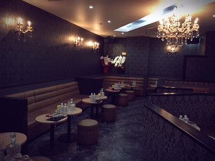 鹿児島の夜を彩る キャバクラ クラブ ルピア 店内画像1