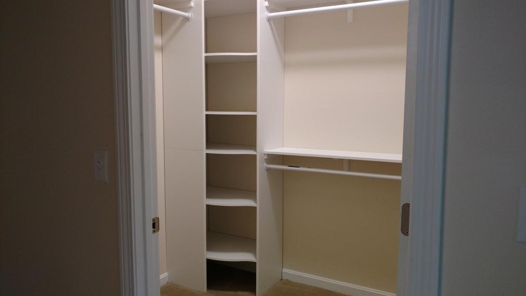 Closet-Shelving.JPG