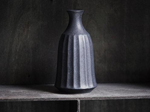 Kasumi Black Sake Pourer