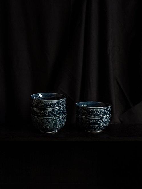 Vintage Blue Arita Bowl Set