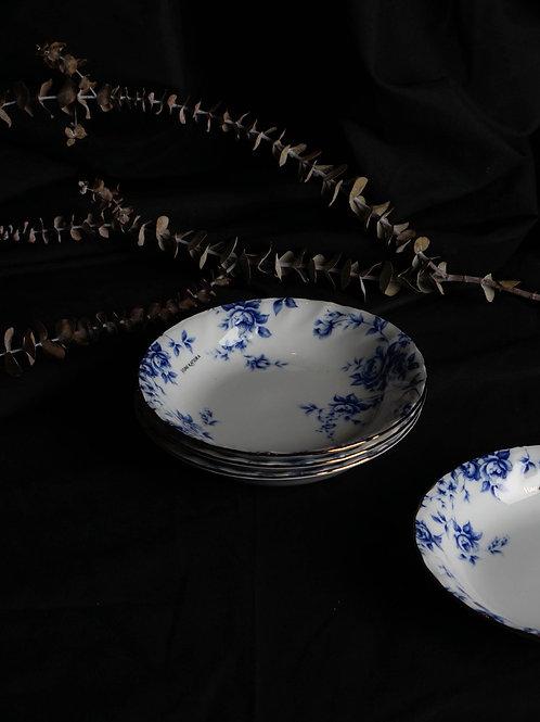 Yumi Katsura by Yamaka Porcelain Plate Set