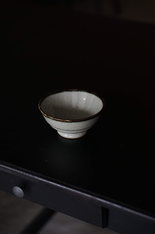 Grey Minoyaki Bowl With Brown Trim