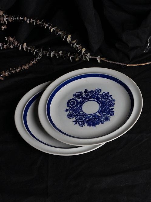 Vintage Yamato Stoneware Porcelain Dinner Plate Set 110012