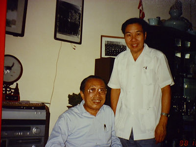 Tiong Ling with Prof. Huang