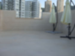 רצפת מרפסת אטומה