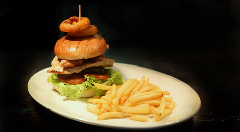 Chicken burger The coach and horses midgham menu food a