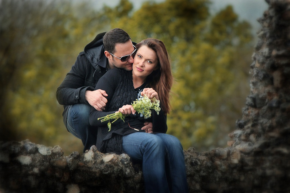 Outdoor portrait couple