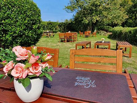 garden beer garden outdoor pub restauran