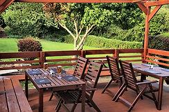 coacha nd horses garden beer - Copy.jpg