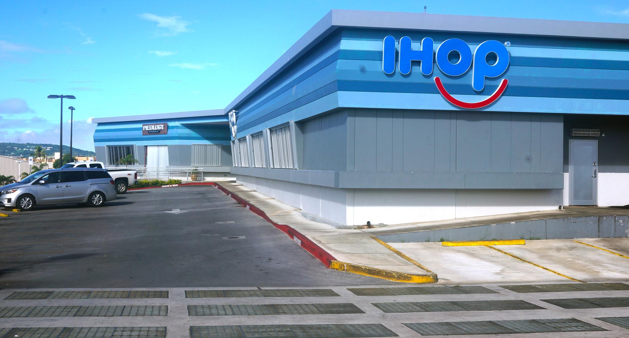 IHOP Exterior 1.jpg