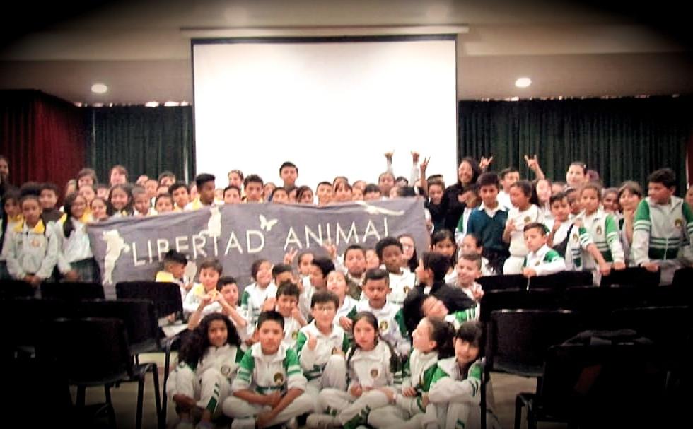 EvoluZOOn Cine Animal Fest Colegio INEM tunal