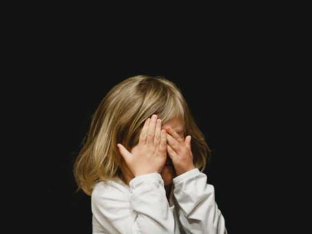 طفلك بين الحرمان والتبذير