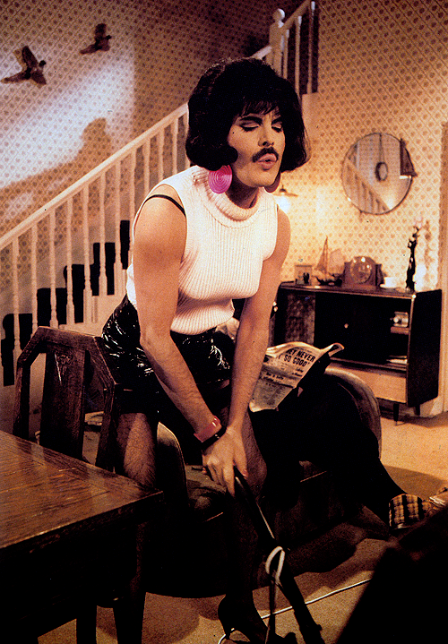 Freddie in drag on the set of the I want to break free music video.