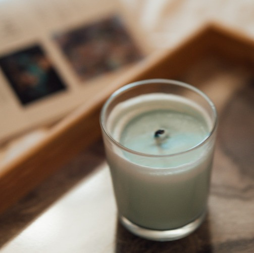 extinguished glass jar scented soy candle