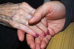 hands-578918_1920.jpg