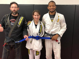 Congratulations to one of our most dedicated students on promotion to Blue Belt.  Well done Stacy!