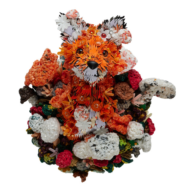 Fungi Fox Calder Kamin.jpg