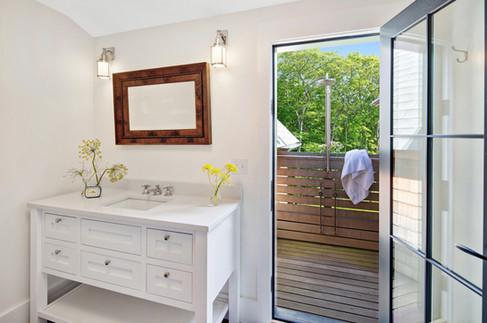 sullivan + associates architects_bathroom.jpg