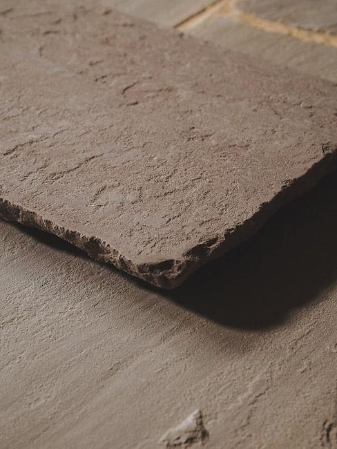 Antique-Fieldmoor-Sandstone-Close-Up-Wes
