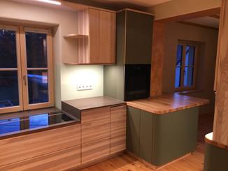 Privater Wohnungsausbau : Küche, Schlaf- und Kinderzimmer