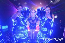 robos de led, dançarinas e debutante