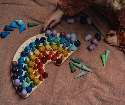 Rainbow Board with Felt Balls (Beech)