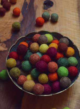 Felt balls in Autumn 20mm - 100 Count