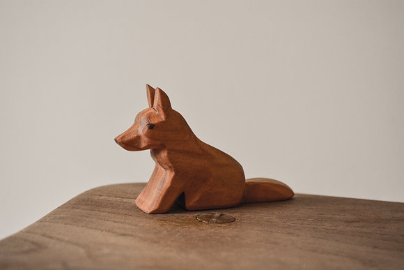 Dog Sitting - Predan Wooden Toys