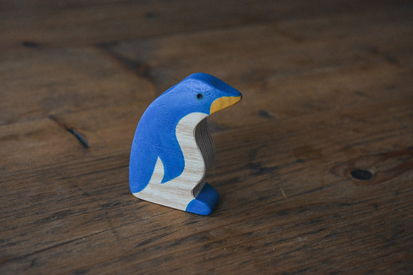 Penguin Side View