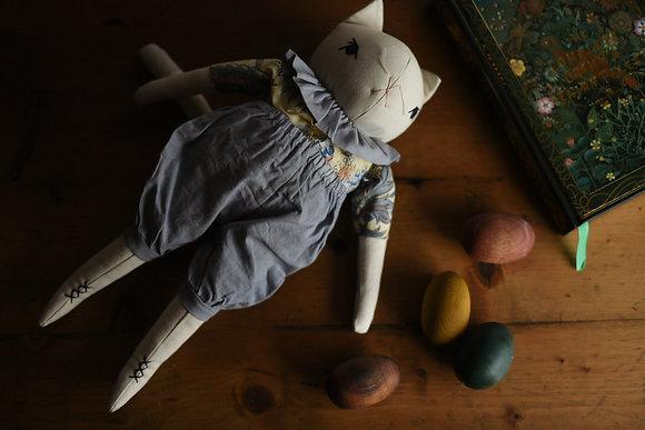 Large Cream Cat Nova - The Polkadot Club