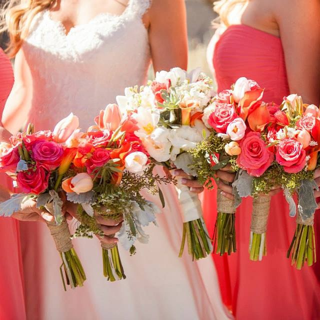 #mammothflorist #mammothstories #mammothweddings #convictlakeresort #coralfloral #redlilydesign