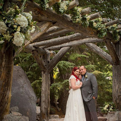 #tamarackwedding #forestchapel #mammothstories #mammothmountain #mammothweddings #hydrangea #garland