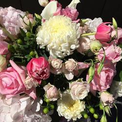 #pink #weddings #mountainbride #junelake #doubleeagle #mammothweddings #florist