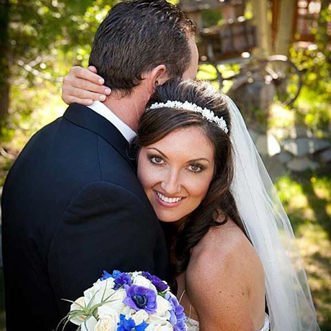 #doubleeagleresortandspa #mammothstories #somethingblue #junelakewedding #mammothweddings