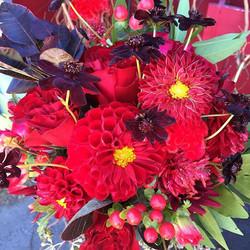 Red wedding from Red Lily! #junelakeweddings #mountainbride #red #mammothweddings #mammothstories #c