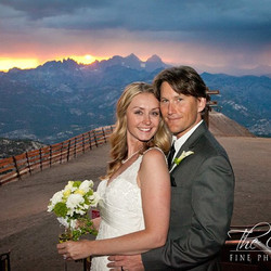 #mammothmountain #mammothweddings #mammothstories #sierrawedding #whitewedding