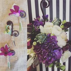 It's a purple summer #mammothlakes #mammothweddings #mountainbride #florist #purplerain #sierra #suc