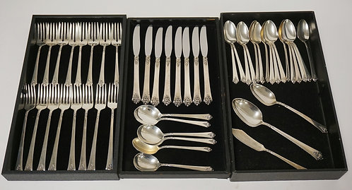 STERLING SILVER FLATWARE SET. 49 PIECES. CASTLE ROSE BY ROYAL CREST. SERVICE FOR