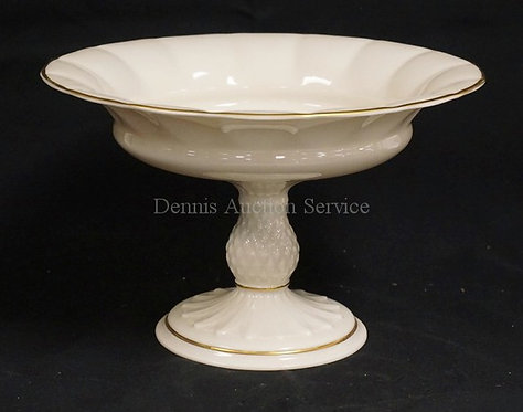 LENOX COMPOTE MEASURING 10 3/8 INCHES IN DIA AND 6 5/8 INCHES HIGH.